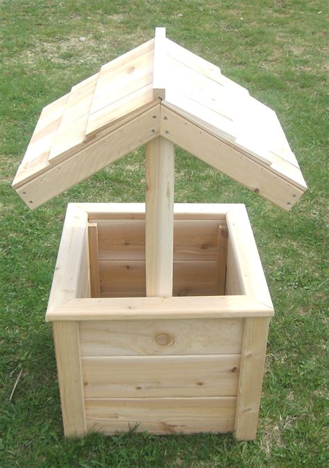 Small Wooden Wishing Well Planter by Small Wishing Well Plans Free Plans Free