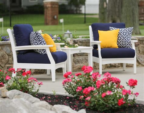 Colorful Outdoor Furniture by Impressive Terrace Living Room In Colorful Theme Inspiring