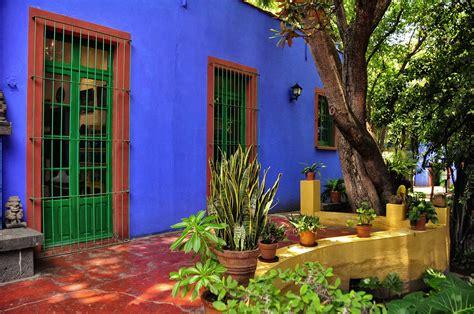 houses in city file frida kahlo house mexico city 6998147374 jpg