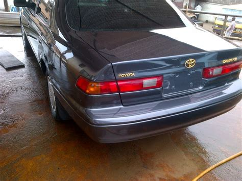 clean tokunbo toyota camry tiny light for 830k only
