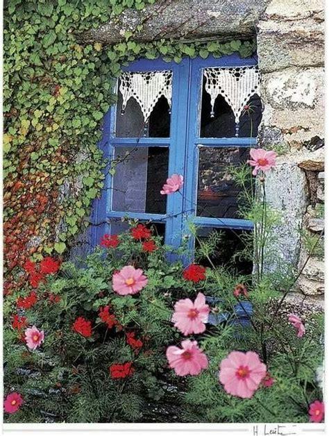 finestra sul cortile oltre 25 fantastiche idee su grande cortile su