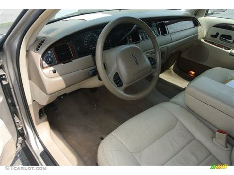 2000 lincoln town car pictures including interior and exterior images autobytel com 2000 lincoln town car signature interior color photos gtcarlot com