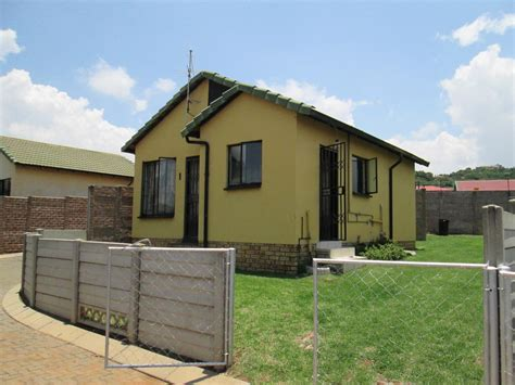archive 2 bedroom house for rent in naturana naturena 2 bedroom cluster for sale for sale in naturena home