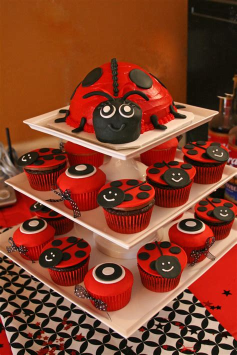 Ladybugs Baby Shower Theme by Ladybug Baby Shower Here Is The Ladybug Cake And