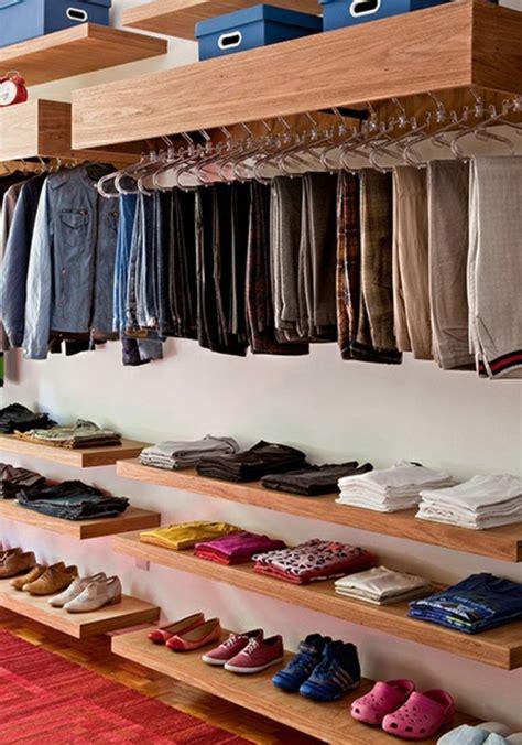 kleiderschrank diy begehbarer kleiderschrank ideen diy gispatcher