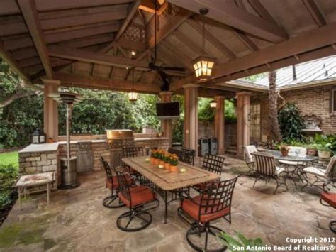Floor And Decor San Antonio Texas best 25 covered outdoor kitchens ideas on pinterest