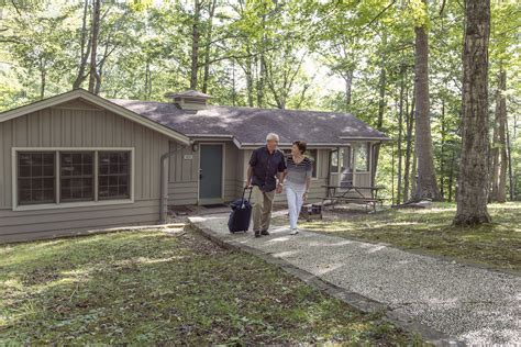 State Parks In Ky With Cabins by Lake Cumberland State Resort Park Is Number 1 In Kentucky
