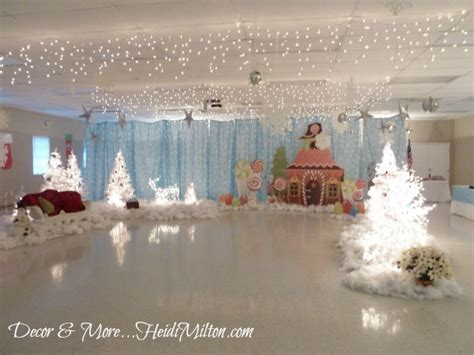 Dining Room Table Decorating Ideas by Diy Sheet Music Tree And Dining Room Decor