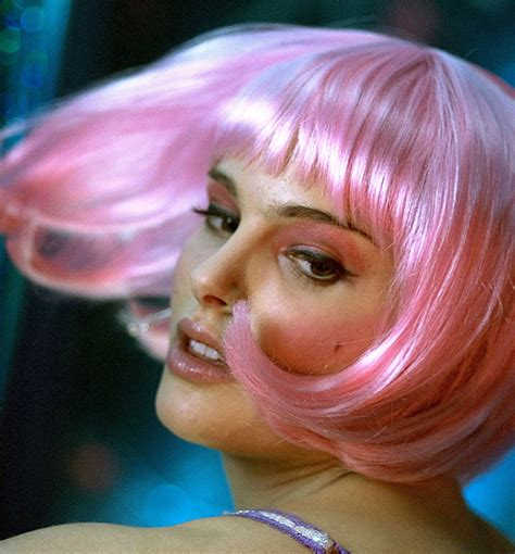 Natalie Pink natalie portman in closer talk to me through what you