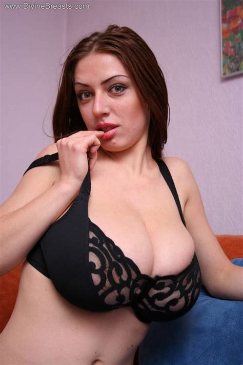 natural bobs images montgomery al super busty merilyn sakova world