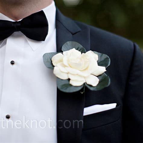 fiore all occhiello matrimonio fiore all occhiello o boutonnieres sposo idee 100matrimoni