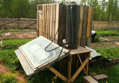 lade da giardino a energia solare mueblesdepalets net construir una ducha solar en tu jard 237 n