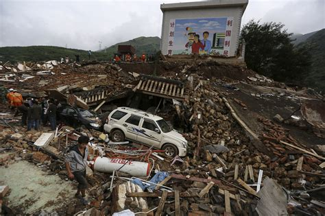 earthquake china 10 devastating photos of destruction caused by the