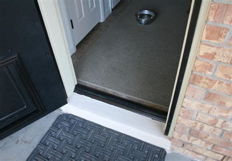 door gap fill miter joint in door trim moldings