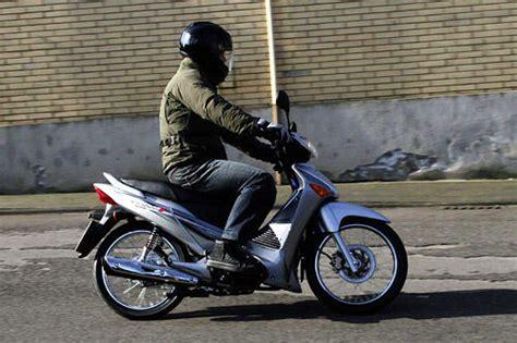 125 Motorr Der Test by Honda Innova 125 Im Test Motorrad Tests Motorrad