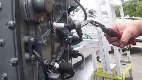 Cylinder Kuda mercury 90 hp 3 cylinder engine now running on all three
