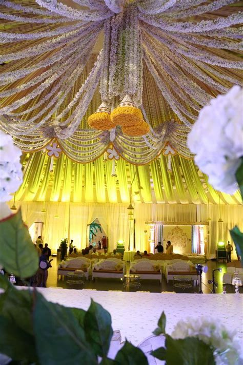 Hyderabad weddings   Wedding Decor   Indian wedding photos