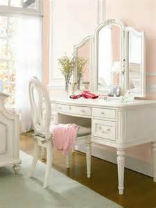 White Makeup Vanity With Lights Les 25 Meilleures Id 233 Es De La Cat 233 Gorie Chambres Shabby