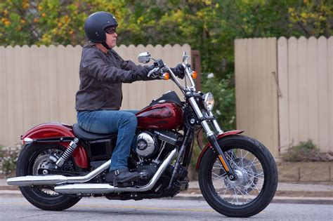 hd reviews 2017 harley davidson dyna bob review styling success