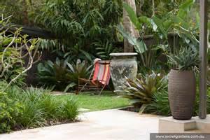 Tropical Patio Design Tropical Grndoordesign