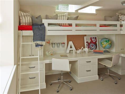 Hgtv Bedroom Ideas 205 r 243 asztal az emeletes 225 gy alatt homeinfo hu inspir 225 ci 243 t 225 r
