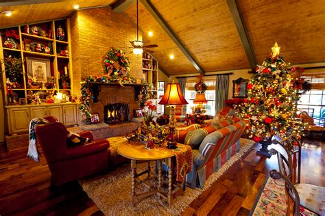 show   country french home dressed  christmas show