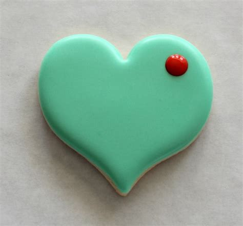 valentines decorated cookies how to make decorated sugar cookies on craftsy