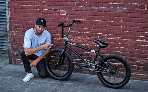 Shadow Bm by Billy Perry Bike Check