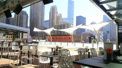 roof top bars chicago blown away 18 best rooftop bars in chicago