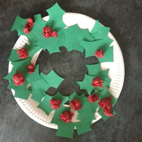 printable paper holly wreath paper plate christmas wreath crafts on sea