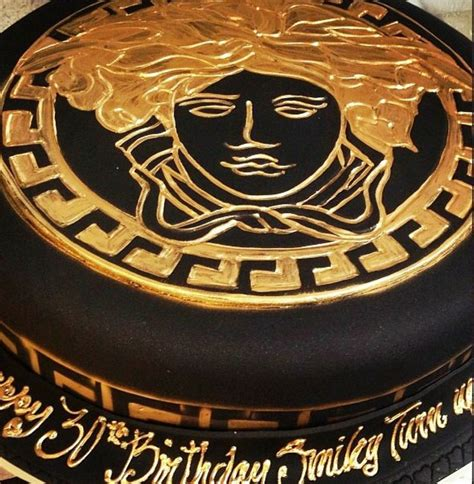 8 Fabulous Designers by Versace Bday Cake Fabulous And Cakes Designs