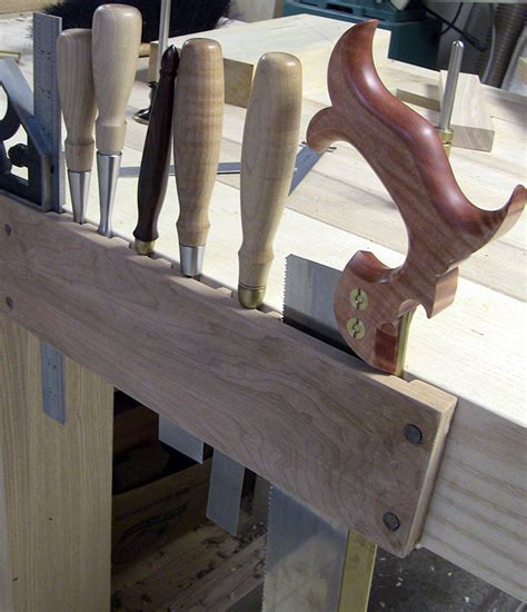 hand saw bench upgrading a hand saw the renaissance woodworker