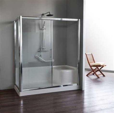 vasca piccola con seduta trasformazione vasca in doccia sostituzione vasca