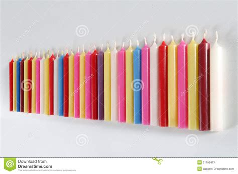 candele colorate candele colorate cilindriche immagine stock immagine di