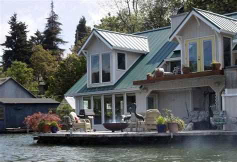 boat houses to rent lovely oregon house boat available to rent by the night 2