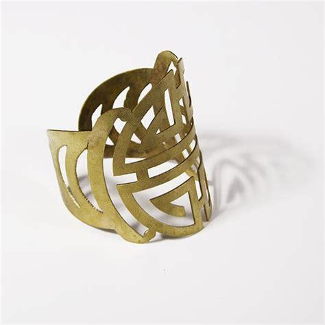 Bracelet Bronze Saxophone 2 Gelang Saxophone 32 best images about bijoux jewels on jewels