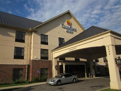 comfort inn louisville ky dixie highway comfort inn