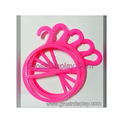 Hanger Jilbab Syal hanger jilbab display gantungan kerudung syal bulat pink isi 2 butik grosir display