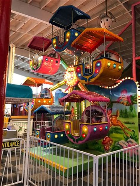 bonkers fun house kids ferris wheel at bonkers fun house a great place for birthday parties picture