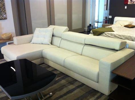 busnelli divani outlet divano busnelli in offerta divani a prezzi scontati