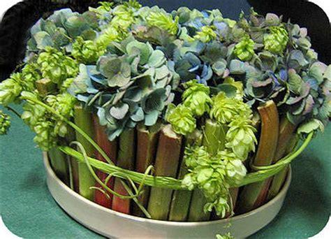 rabarber bloem bloemstuk maken met rabarber