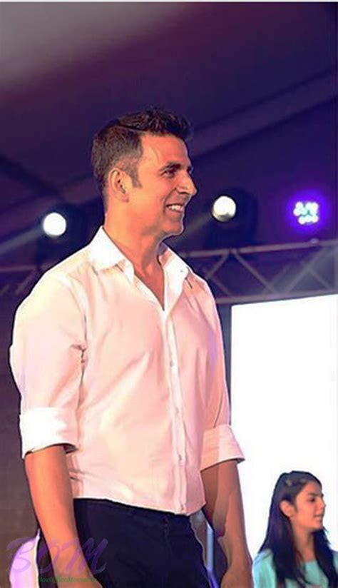 akshay kumar hair styles akshay kumar hair style pics hair is our crown