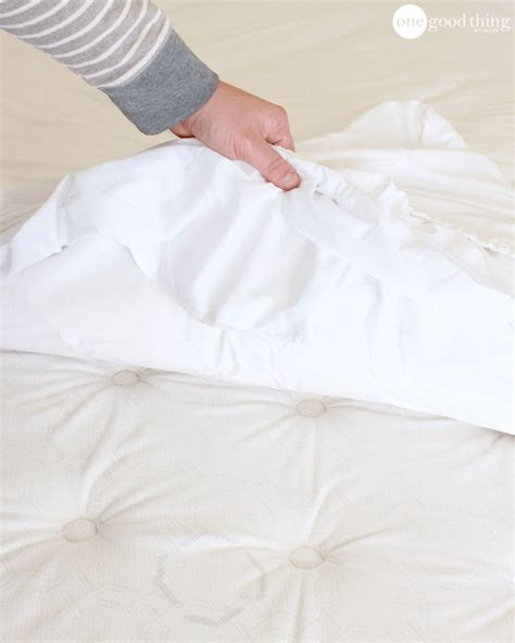 how to wash bed sheets how to clean a mattress quickly and easily