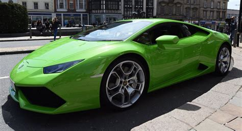 Uk Lamborghini Lamborghini Huracan Is Uk S Supercar Taxi