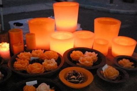 candele particolari candele artigianali colorate in cera d api o paraffina