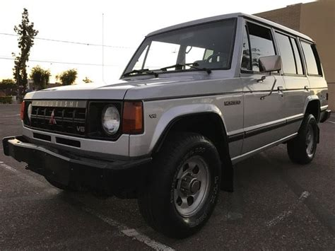 old car owners manuals 1992 mitsubishi montero transmission control 1991 mitsubishi montero 4x4 5spd manual rust free az 1 owner no reserve classic