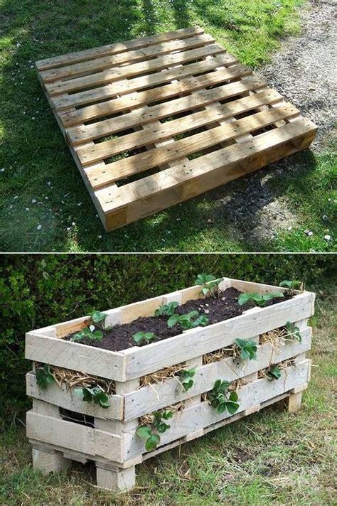 pallet strawberry planter diy easy plans video