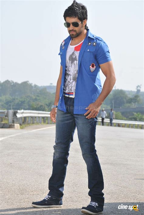 actor yash new movie the gallery for gt yash kannada actor family photos