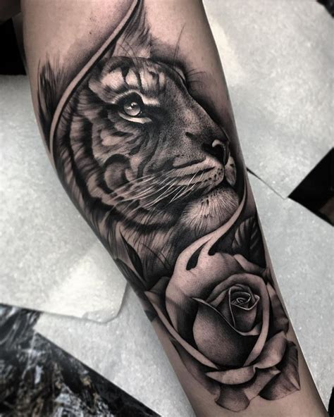 tiger and roses tattoo designs 25 beautiful tiger design ideas on