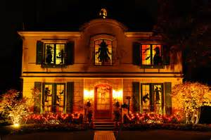 Decorated Homes For Halloween by Halloween Decorations On